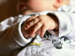 Три двойни родились в Смоленске за месяц