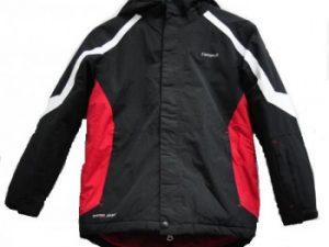 Женская и мужская лыжная куртка, а также детские изделия: как правильно выбирать?