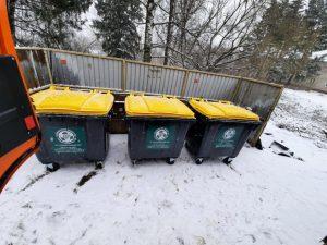 «СпецАТХ» установило 75 новых мусорных контейнеров под Смоленском