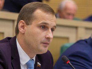 Сергей Леонов: «Пенсии должны индексироваться чаще одного раза в год»
