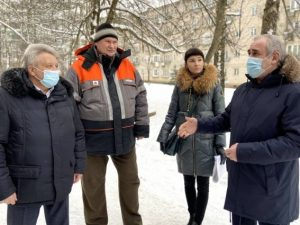 Ярцевские активисты обратились к Неверову для благоустройства двора