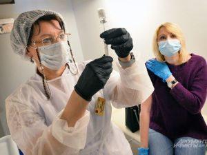 Мобильные бригады для вакцинации от COVID-19 организовали на Смоленщине