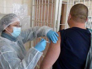В Смоленском УФСИН началась вакцинация личного состава от коронавируса