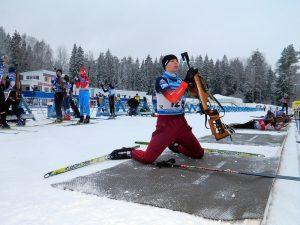 Стреляющие лыжники из Смоленской области одержали 7 побед на турнире «Поехали!»