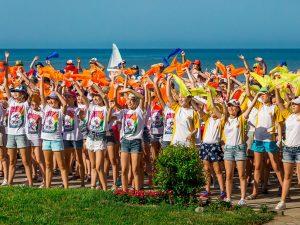 Алексей Островский назвал условия для старта летней оздоровительной кампании-2021