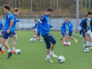 «Смоленск» возобновит сезон матчем с «Динамо-2»