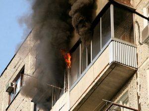 Вчера в Смоленске случился пожар на балконе жилого дома