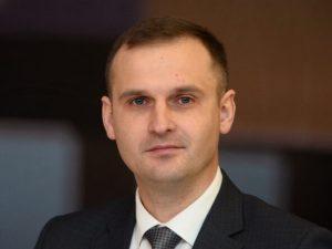 Сергей Леонов: «Оклады бюджетникам должно устанавливать правительство»