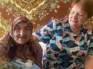 В Смоленске труженица тыла Мария Ефименкова отметила 100-летие