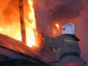 Под Смоленском произошел страшный пожар в частном доме. Есть пострадавший