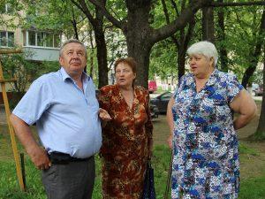 Депутат областной думы Валерий Разуваев встретился с жителями Ленинского района Смоленска