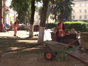 Тротуарную плитку уложат на центральных улицах Смоленска
