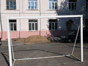 Школе № 1 Смоленска помогут с ремонтом спортивной площадки