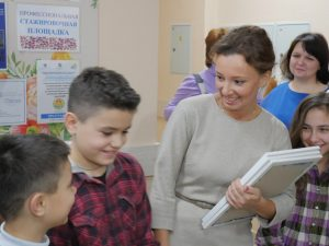 Смоленских школьников включат в федеральный реестр детей, нуждающихся в специальном питании